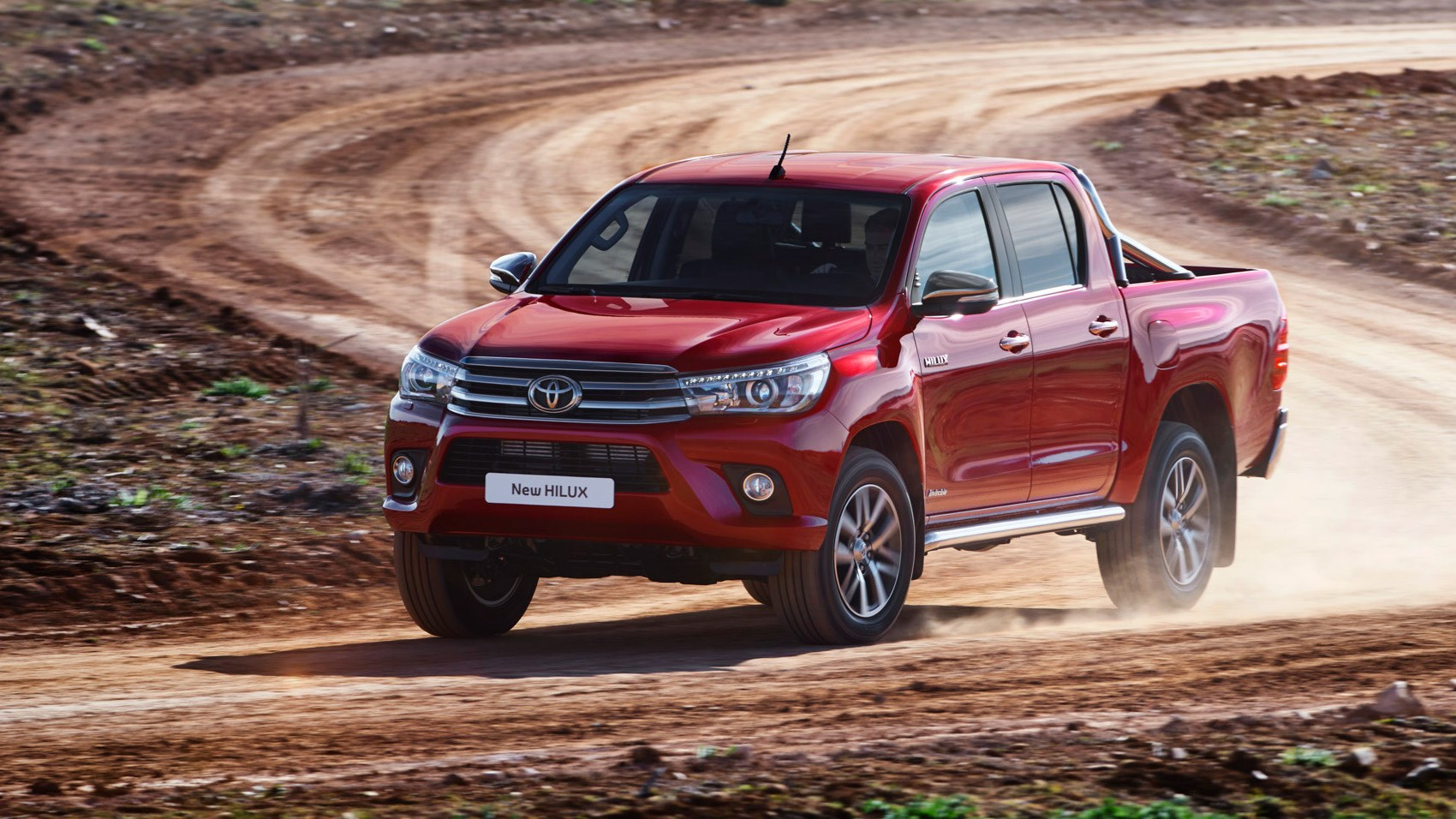 Toyota-Hilux-Invincible