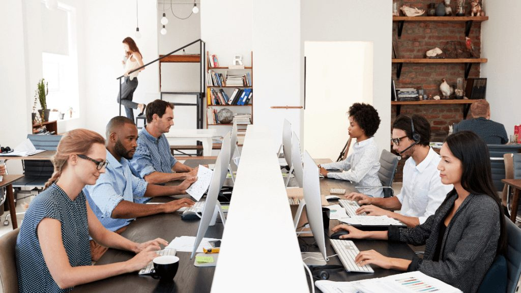 Why You Should Go To Coworking Spaces